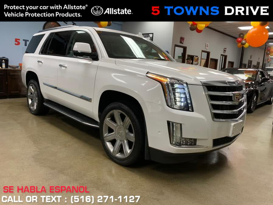 Used Cadillac Escalade Luxury 4dr Luxury 2017 | 5 Towns Drive. Inwood, New York