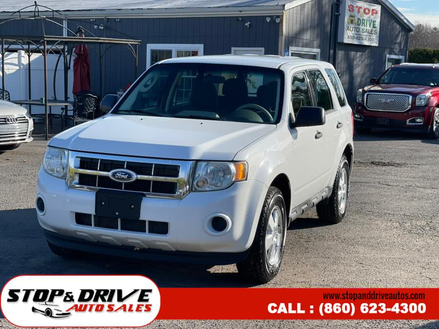 Used Ford Escape FWD 4dr XLS 2012 | Stop & Drive Auto Sales. East Windsor, Connecticut