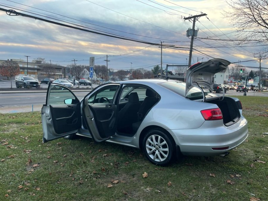 Used Volkswagen Jetta Sedan 4dr Auto 1.8T SE PZEV 2015 | Safe Used Auto Sales LLC. Danbury, Connecticut