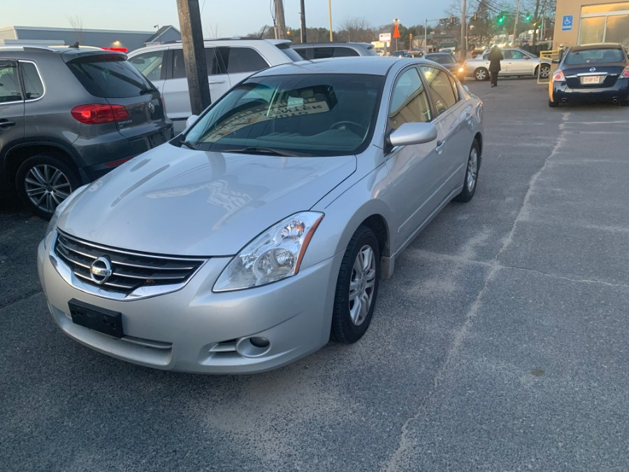 Used Nissan Altima 4dr Sdn I4 CVT 2.5 SL 2011 | J & A Auto Center. Raynham, Massachusetts