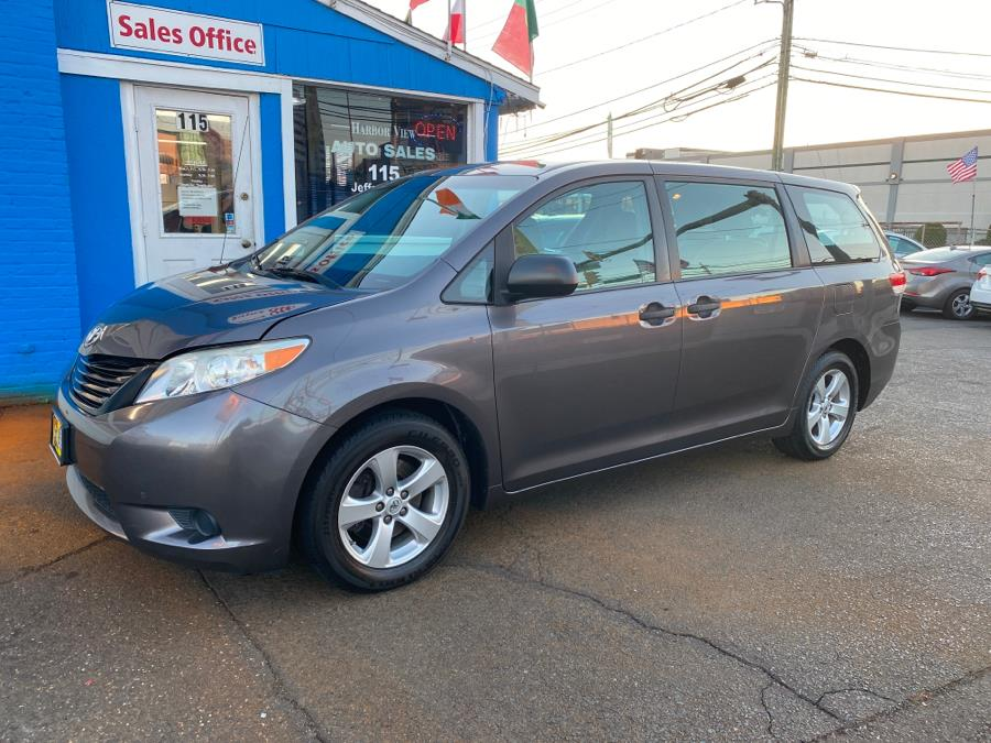 Used Toyota Sienna 5dr 7-Pass Van V6 L FWD (Natl) 2013 | Harbor View Auto Sales LLC. Stamford, Connecticut