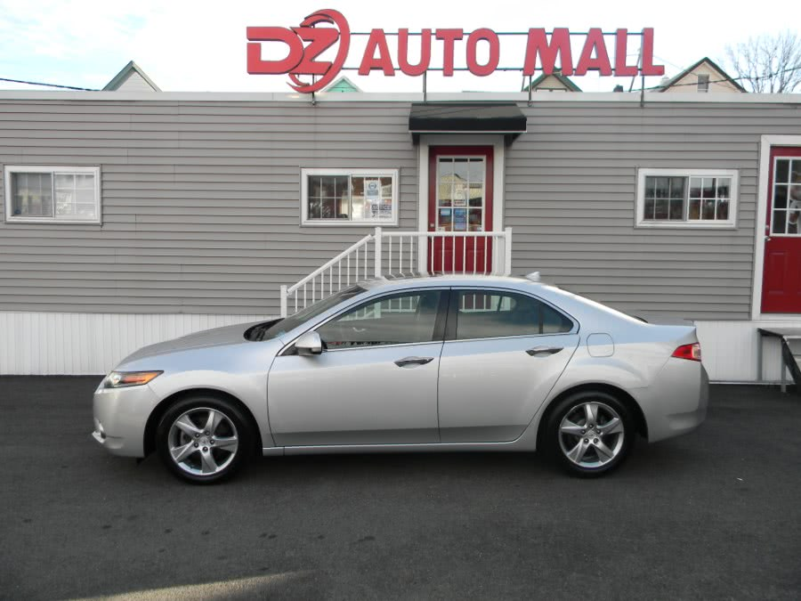 Used Acura TSX 4dr Sdn I4 Auto Tech Pkg 2013 | DZ Automall. Paterson, New Jersey