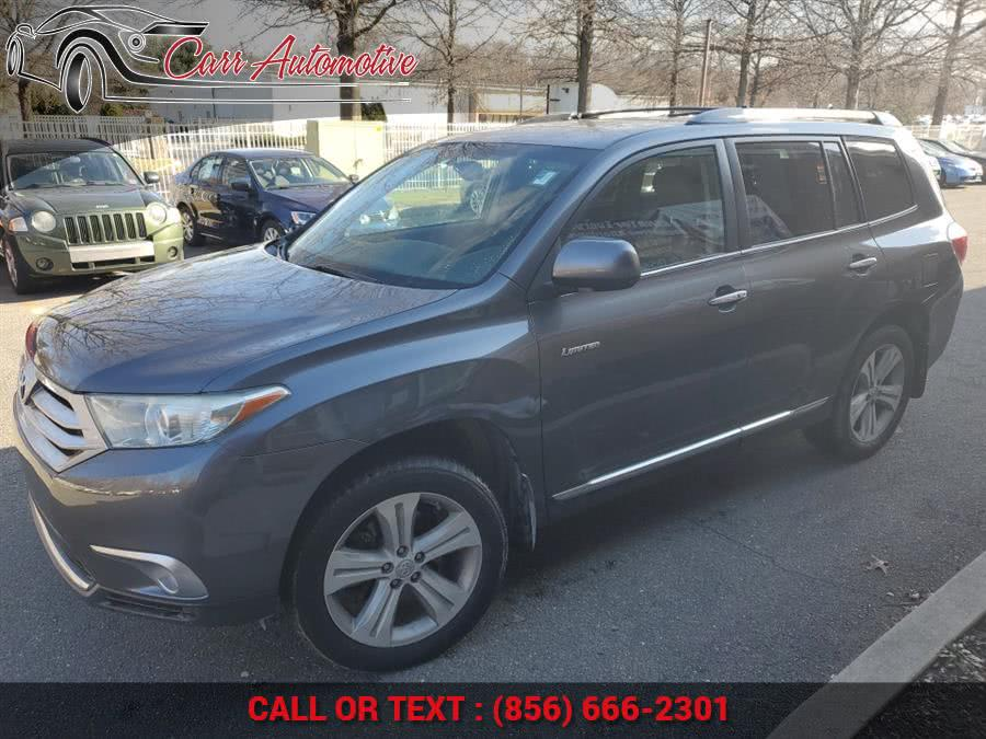 Used 2013 Toyota Highlander in Delran, New Jersey | Carr Automotive. Delran, New Jersey