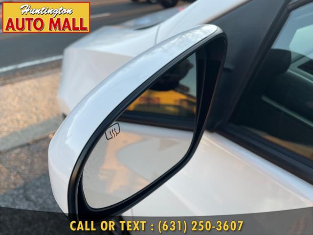 Used Toyota Corolla LE CVT (Natl) 2017 | Huntington Auto Mall. Huntington Station, New York