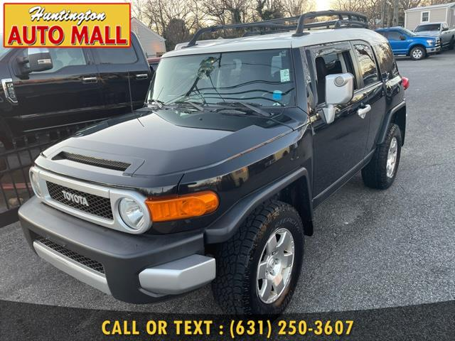 Used Toyota FJ Cruiser 4WD 4dr Auto (Natl) 2010 | Huntington Auto Mall. Huntington Station, New York