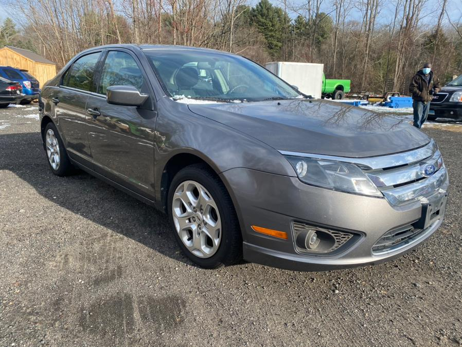 Used 2011 Ford Fusion in Hampton, Connecticut | VIP on 6 LLC. Hampton, Connecticut