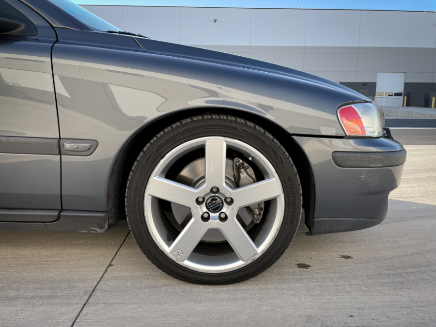 Used Volvo S60 2.5L Turbo R AWD Auto w/Sunroof 2004 | Guchon Imports. Salt Lake City, Utah