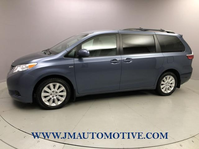Used 2016 Toyota Sienna in Naugatuck, Connecticut | J&M Automotive Sls&Svc LLC. Naugatuck, Connecticut