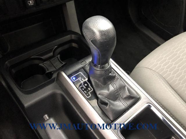 Used Toyota Tacoma SR5 Double Cab 5' Bed V6 4x4 AT 2018 | J&M Automotive Sls&Svc LLC. Naugatuck, Connecticut