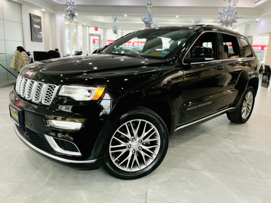 Used Jeep Grand Cherokee Summit 4x4 2017 | Luxury Motor Club. Franklin Square, New York