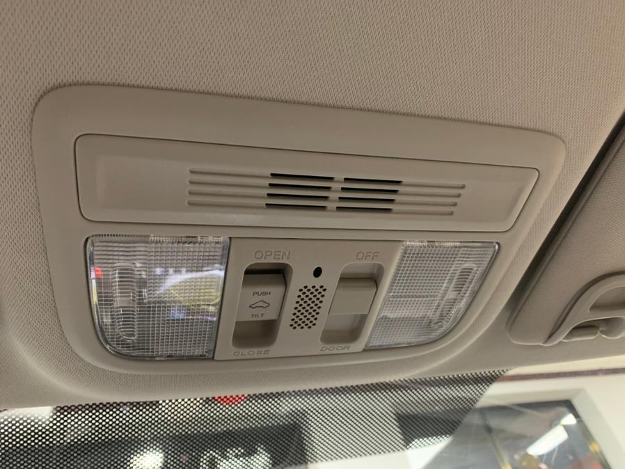 Used Honda Civic Sedan EX CVT 2017   5 Towns Drive. Inwood, New York