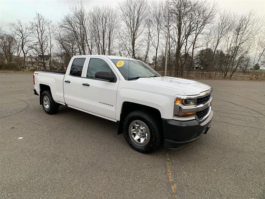 Used 2017 Chevrolet Silverado 1500 in Stratford, Connecticut | Wiz Leasing Inc. Stratford, Connecticut