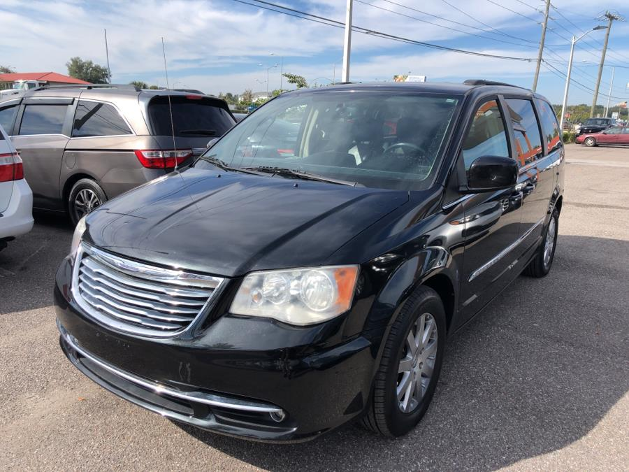 Used Chrysler Town & Country 4dr Wgn Touring 2013 | Central florida Auto Trader. Kissimmee, Florida