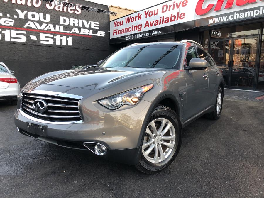 Used 2016 INFINITI QX70 in Bronx, New York | Champion Auto Sales Of The Bronx. Bronx, New York