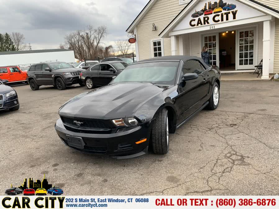 Used Ford Mustang 2dr Conv V6 2012 | Car City LLC. East Windsor, Connecticut