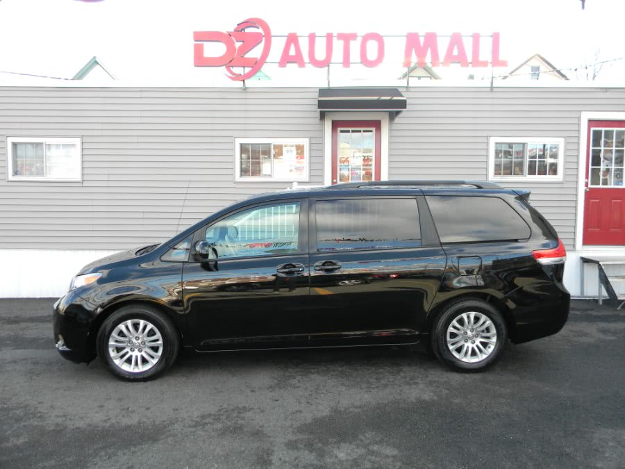 Used Toyota Sienna 5dr 8-Pass Van V6 XLE FWD 2013 | DZ Automall. Paterson, New Jersey