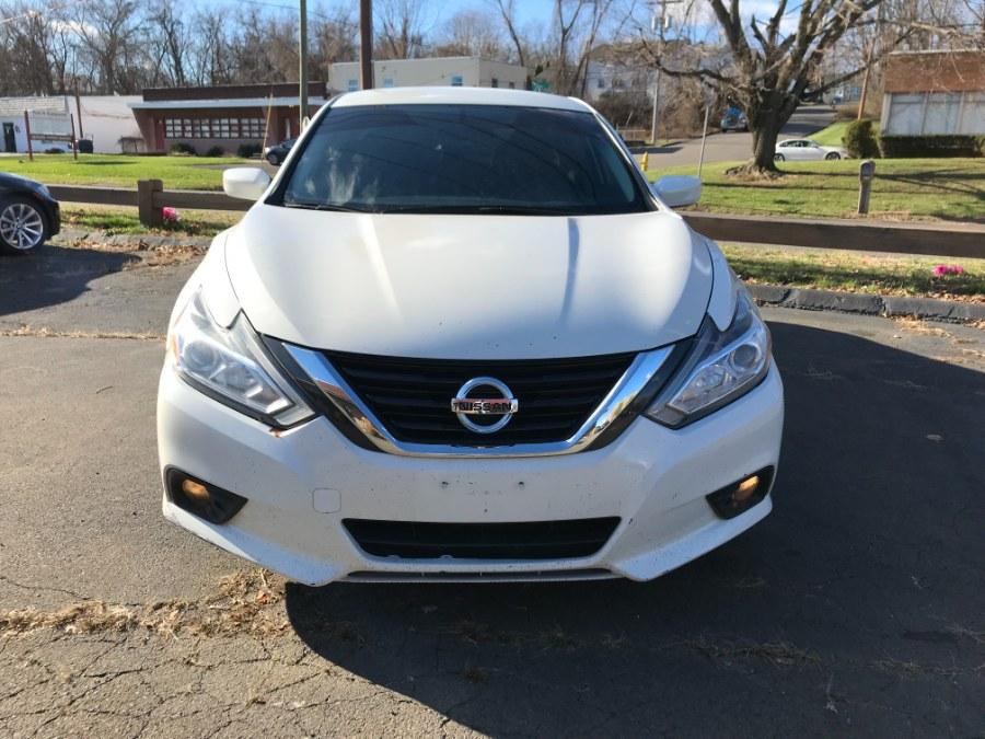 Used Nissan Altima 2.5 SV Sedan 2017 | 5M Motor Corp. Hamden, Connecticut