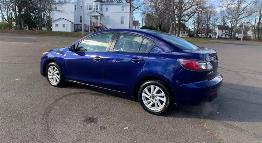 Used Mazda Mazda3 4dr Sdn Auto i Grand Touring 2013 | Wiz Leasing Inc. Stratford, Connecticut