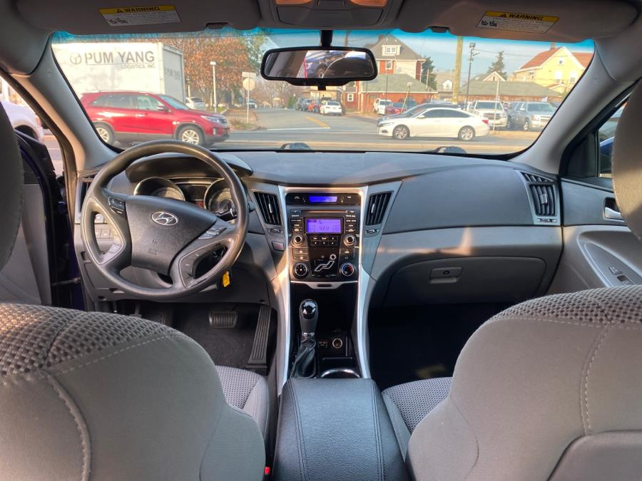 Used Hyundai Sonata 4dr Sdn 2.4L Auto GLS PZEV *Ltd Avail* 2013 | Victoria Preowned Autos Inc. Little Ferry, New Jersey