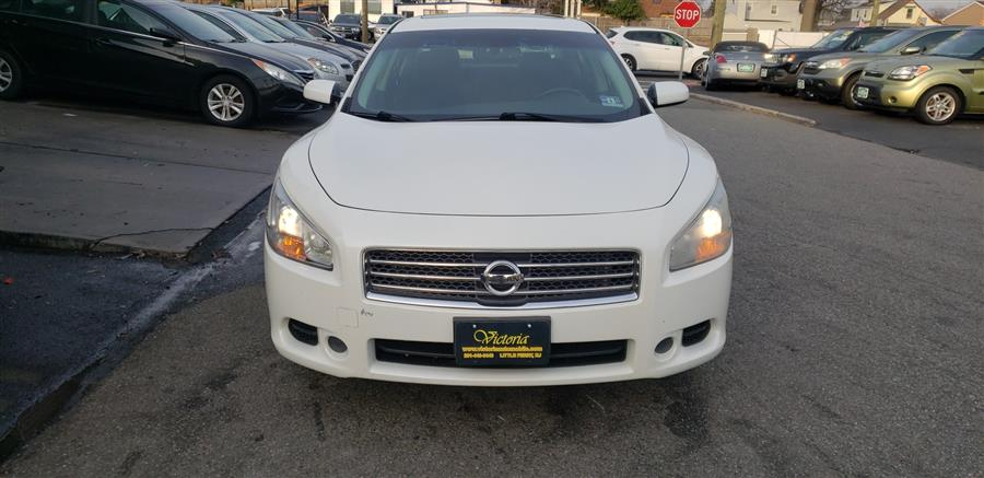 Used 2010 Nissan Maxima in Little Ferry, New Jersey | Victoria Preowned Autos Inc. Little Ferry, New Jersey