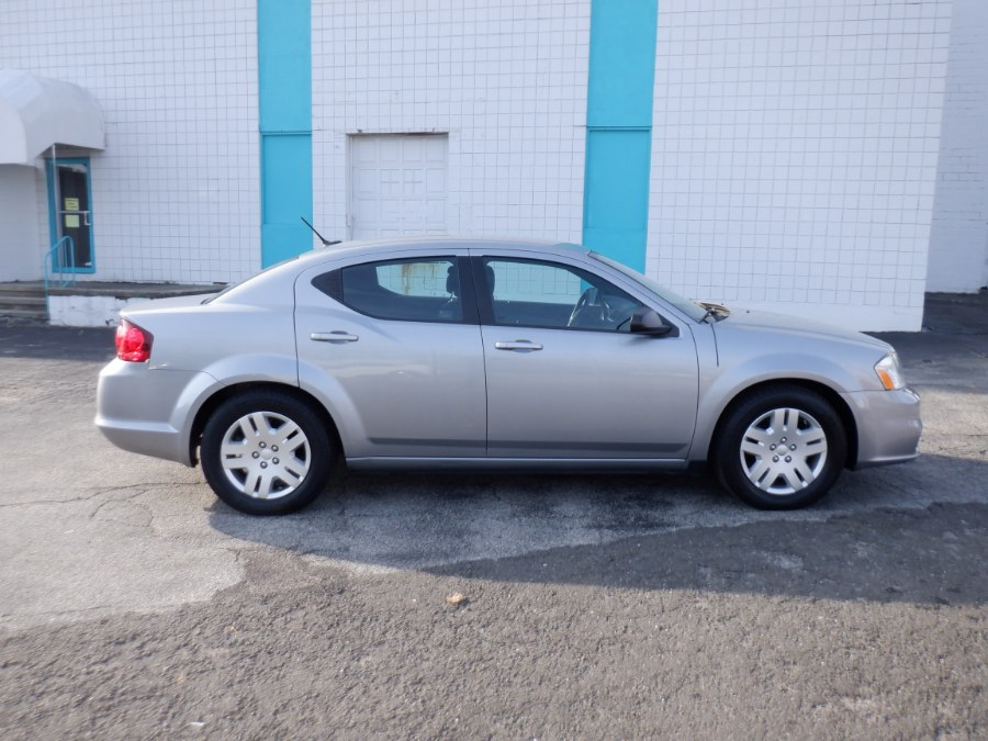 Used Dodge Avenger 4dr Sdn SE 2014 | Dealertown Auto Wholesalers. Milford, Connecticut