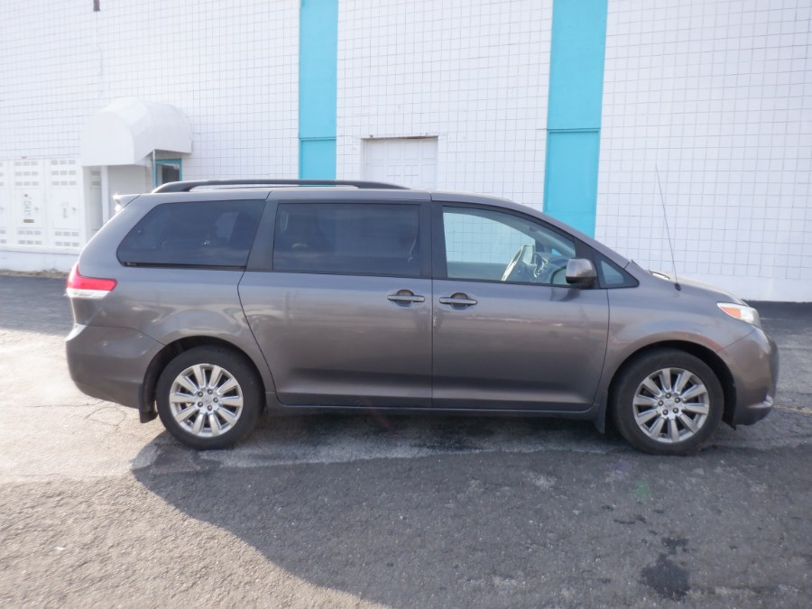 Used 2011 Toyota Sienna in Milford, Connecticut | Dealertown Auto Wholesalers. Milford, Connecticut