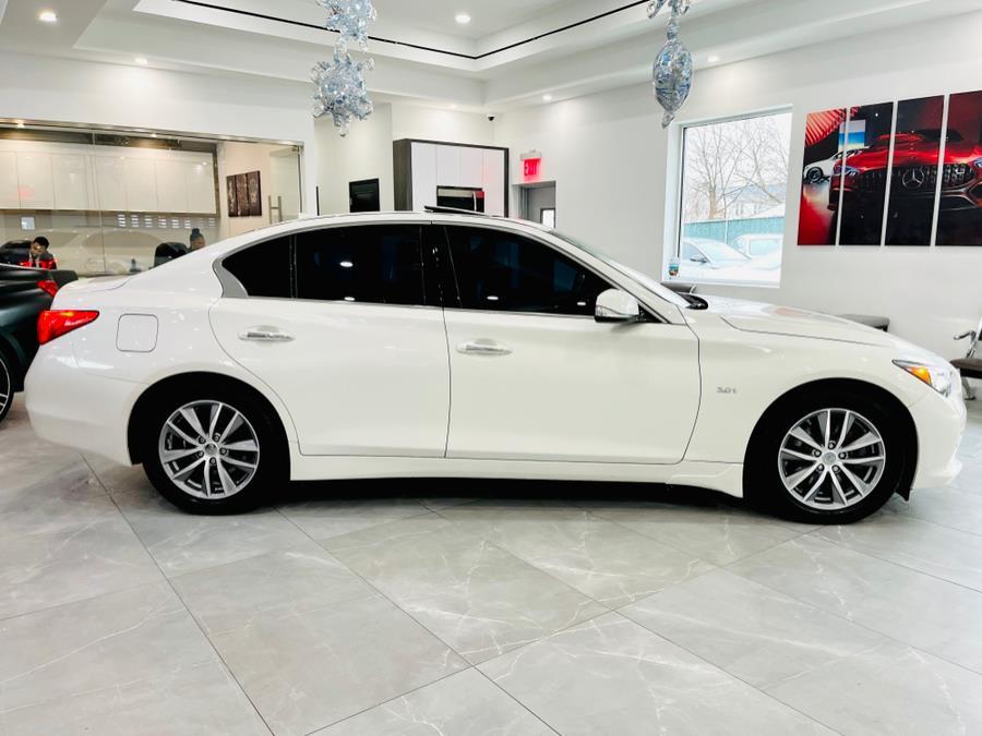 Used INFINITI Q50 4dr Sdn 3.0t Premium AWD 2016 | Luxury Motor Club. Franklin Square, New York