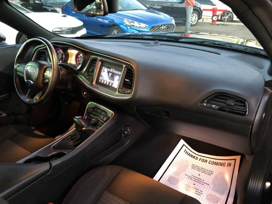 Used Dodge Challenger SXT RWD 2019 | Champion Auto Sales. Hillside, New Jersey