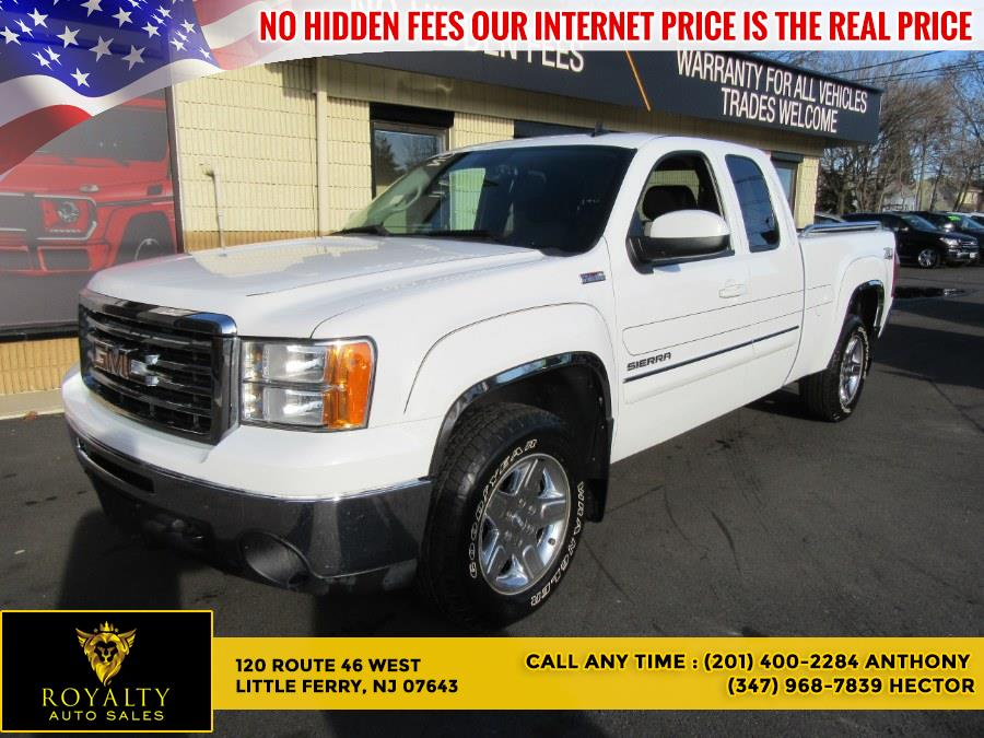 Used 2013 GMC Sierra 1500 in Little Ferry, New Jersey | Royalty Auto Sales. Little Ferry, New Jersey
