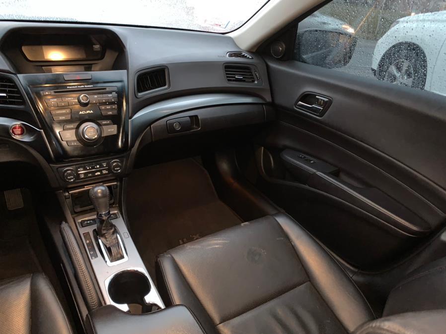 Used Acura ILX 4dr Sdn 2.0L Premium Pkg 2014 | Central Auto Sales & Service. New Britain, Connecticut
