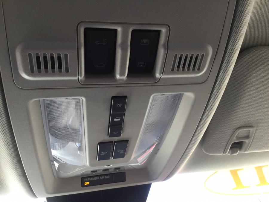 Used Cadillac SRX AWD 4dr Premium Collection 2011 | L&S Automotive LLC. Plantsville, Connecticut