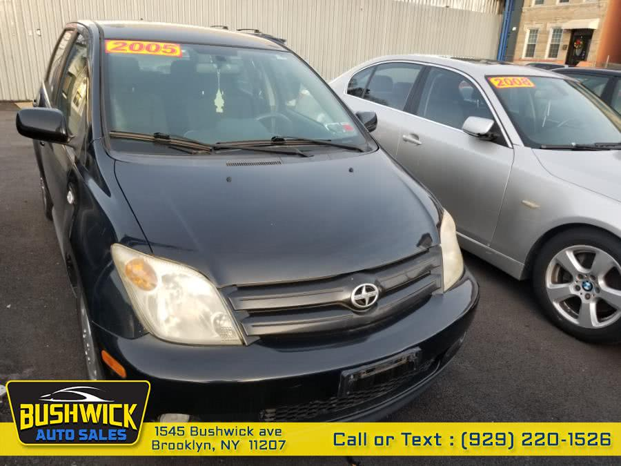 Used 2005 Scion xA in Brooklyn, New York | Bushwick Auto Sales LLC. Brooklyn, New York