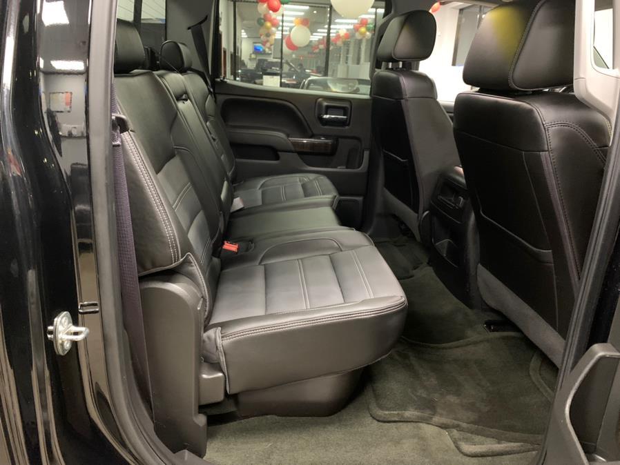 "Used GMC Sierra 1500 4WD Crew Cab 143.5"" Denali 2016 | 5 Towns Drive. Inwood, New York"