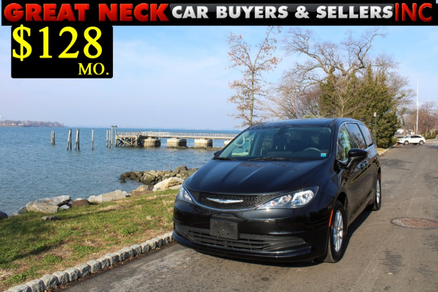 Used 2017 Chrysler Pacifica in Great Neck, New York