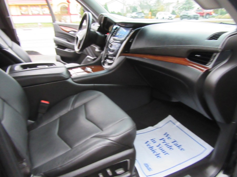 Used Cadillac Escalade ESV 4WD 4dr Luxury 2015 | Royalty Auto Sales. Little Ferry, New Jersey