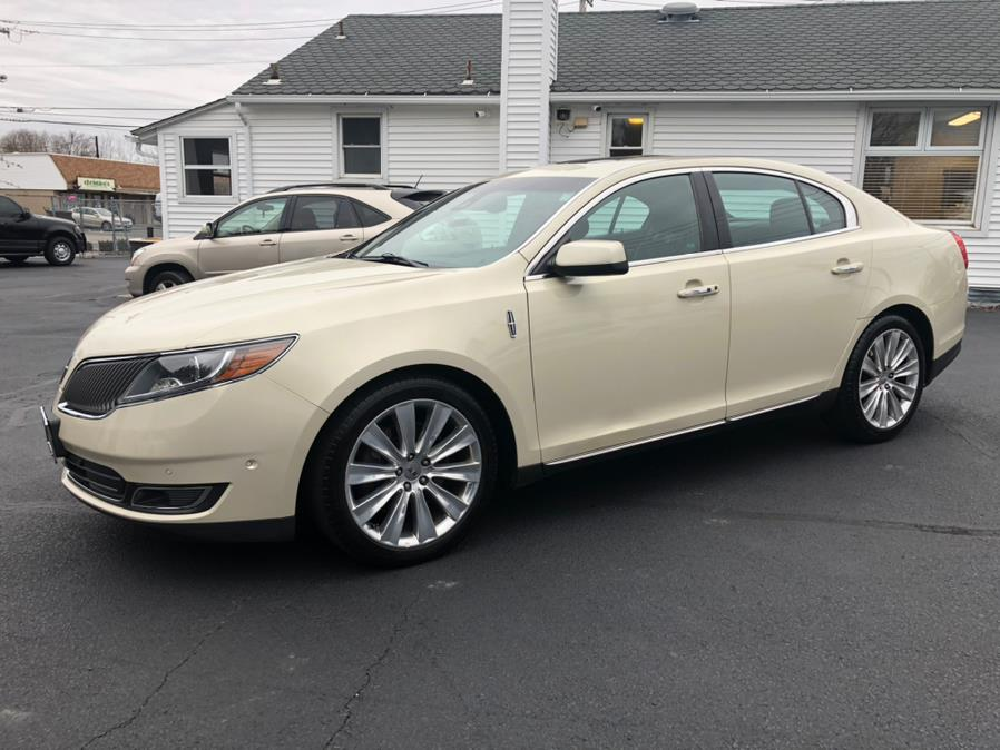 Used 2014 Lincoln MKS in Milford, Connecticut | Chip's Auto Sales Inc. Milford, Connecticut
