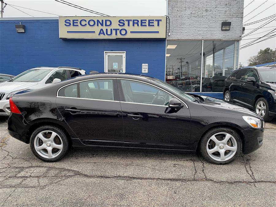 Used 2011 Volvo S60 in Manchester, New Hampshire | Second Street Auto Sales Inc. Manchester, New Hampshire