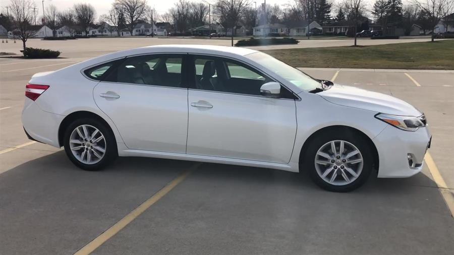 Used Toyota Avalon 4dr Sdn XLE (Natl) 2013 | Josh's All Under Ten LLC. Elida, Ohio