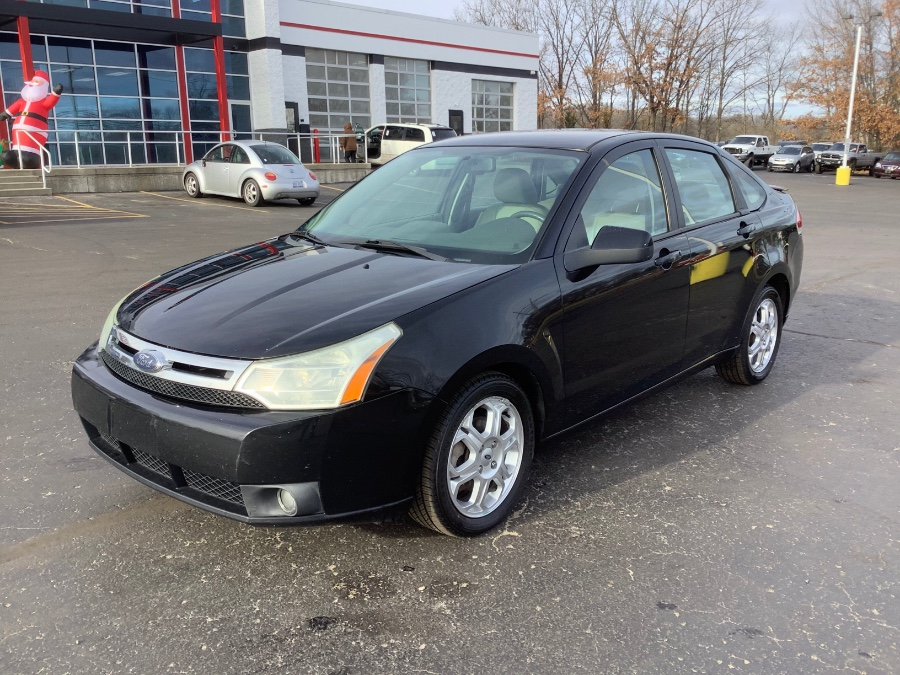 Used 2009 Ford Focus in Ortonville, Michigan | Marsh Auto Sales LLC. Ortonville, Michigan
