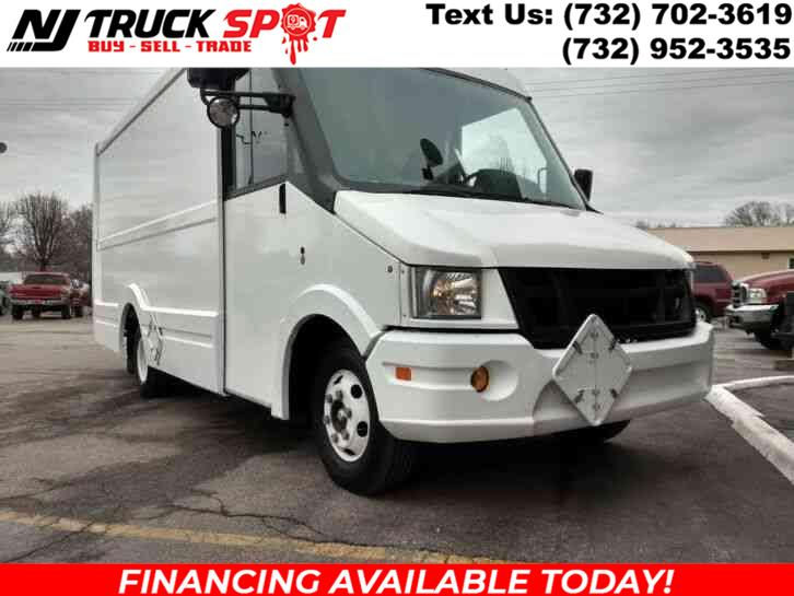 Used 2015 Isuzu REACH in South Amboy, New Jersey | NJ Truck Spot. South Amboy, New Jersey