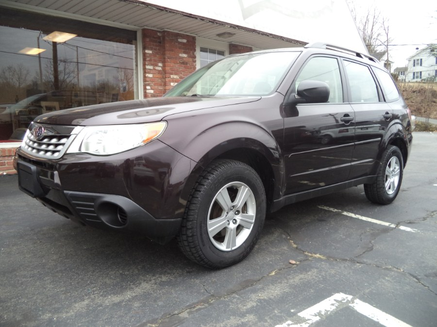 Used 2013 Subaru Forester in Naugatuck, Connecticut | Riverside Motorcars, LLC. Naugatuck, Connecticut