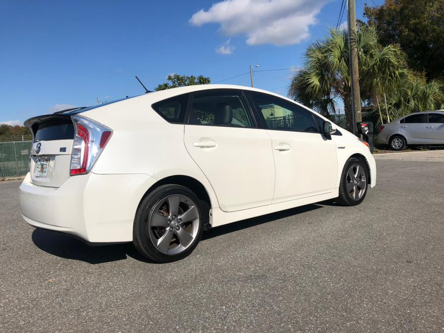 Used Toyota Prius 5dr HB Persona Series Special Edition (Natl) 2015 | Ideal Auto Sales. Orlando, Florida