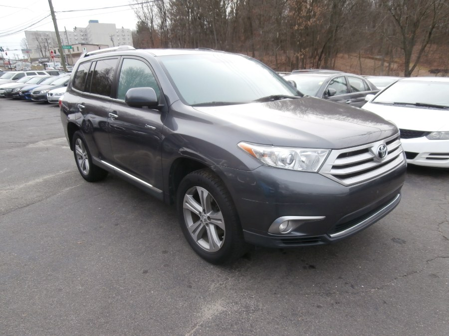 Used Toyota Highlander 4WD 4dr V6  Limited (Natl) 2011 | Jim Juliani Motors. Waterbury, Connecticut