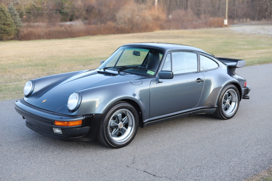 Used 1988 Porsche 911 Carrera in North Salem, New York | Meccanic Shop North Inc. North Salem, New York