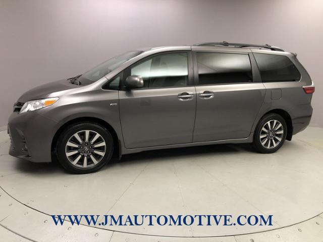 Used 2018 Toyota Sienna in Naugatuck, Connecticut | J&M Automotive Sls&Svc LLC. Naugatuck, Connecticut