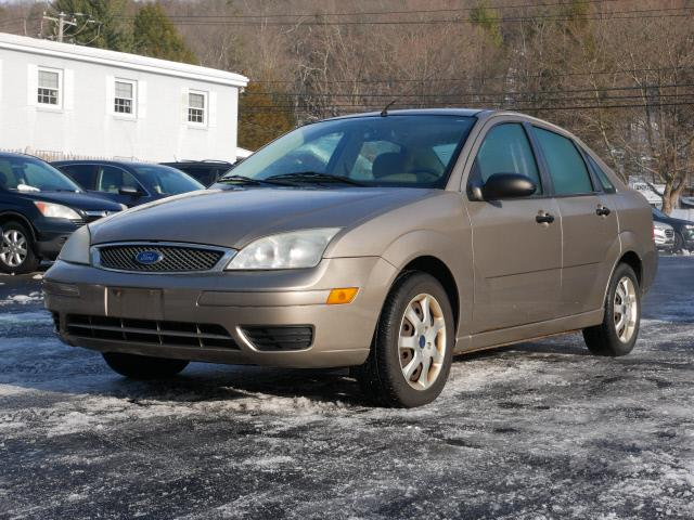 Used Ford Focus ZX4 SE 2005 | Canton Auto Exchange. Canton, Connecticut