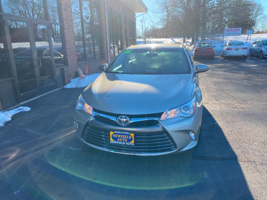 Used Toyota Camry 4dr Sdn I4 Auto LE (Natl) 2016 | Newfield Auto Sales. Middletown, Connecticut