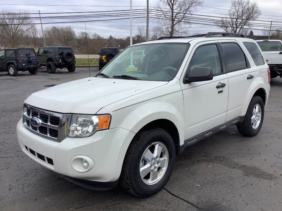 Used Ford Escape FWD 4dr V6 Auto XLT 2009 | Marsh Auto Sales LLC. Ortonville, Michigan