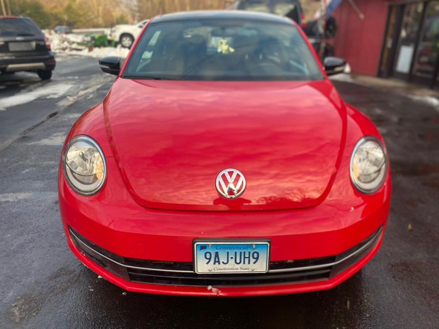 Used Volkswagen Beetle 2dr Cpe DSG 2.0T Turbo PZEV 2012 | VIP on 6 LLC. Hampton, Connecticut