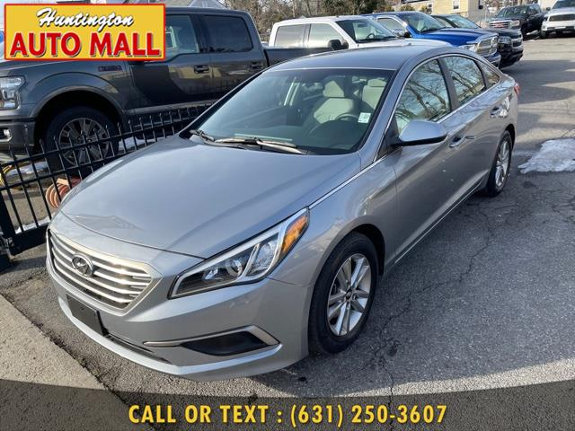 Used 2016 Hyundai Sonata in Huntington Station, New York | Huntington Auto Mall. Huntington Station, New York